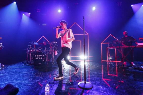 Troye Sivan at Nob Hill Masonic Center